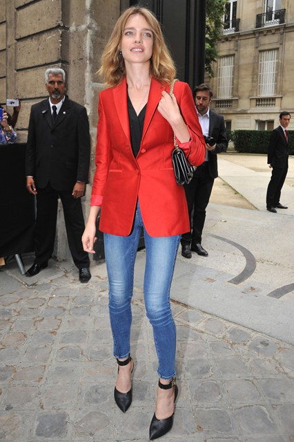 Natalia-Vodianova-Vogue-4Jul13-Rex_b_426x639