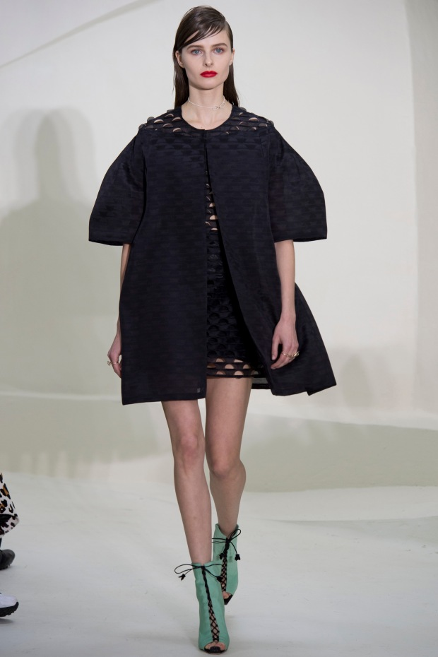 christian-dior-spring-2014-couture-08_115149793476