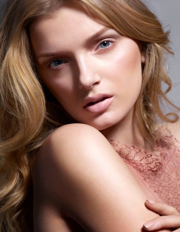 Who-What-Wear-Blog-6-Pretty-Pink-Beauty-Looks-Vogue-Japan-Lily-Donaldson-Jem-Mitchell-2