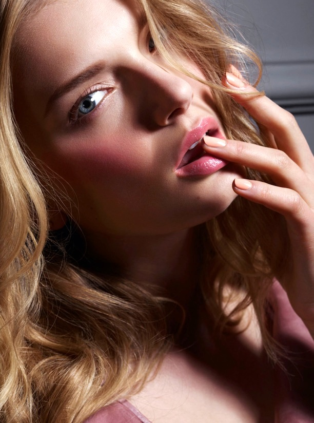 Who-What-Wear-Blog-6-Pretty-Pink-Beauty-Looks-Vogue-Japan-Lily-Donaldson-Jem-Mitchell-4